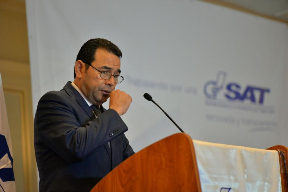 El mandatario explicó que la SAT ha mejorado la recaudación tributaria. (Foto: Wilder López/Soy502)
