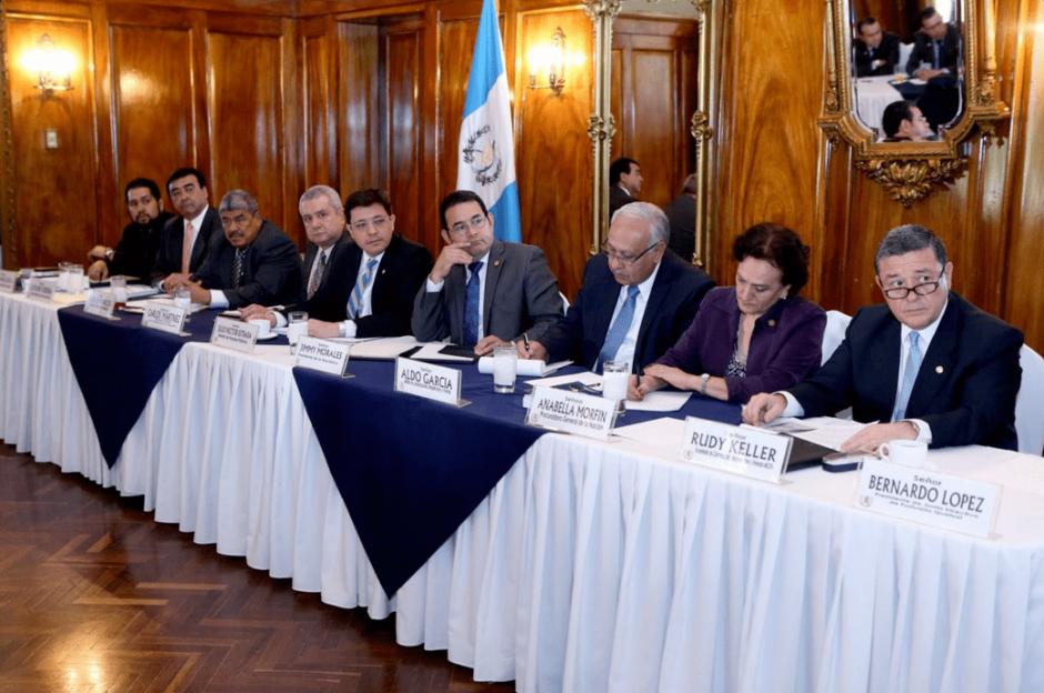 El Gobierno busca que la concesión se apruebe este año. (Foto: @GuatemalaGob/Twitter)
