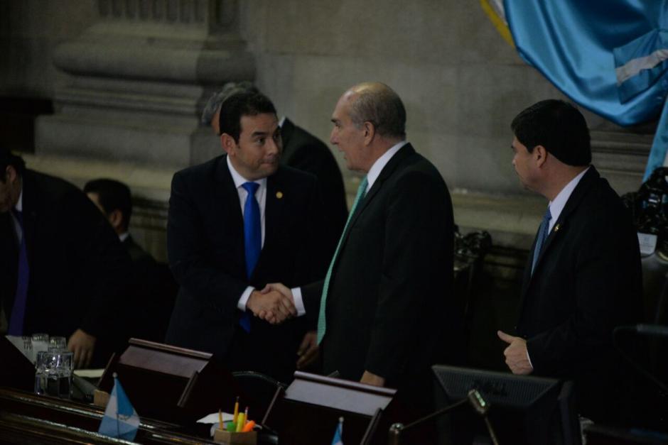 El mandatario se reunió en privado con varios diputados. (Foto: Wilder López/Soy502)
