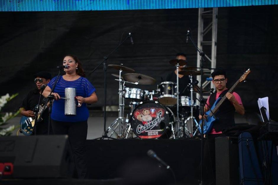 Varios grupos y artistas fueron contratados para el mitin de Jimmy Morales. (Foto: Wilder López/Soy502)