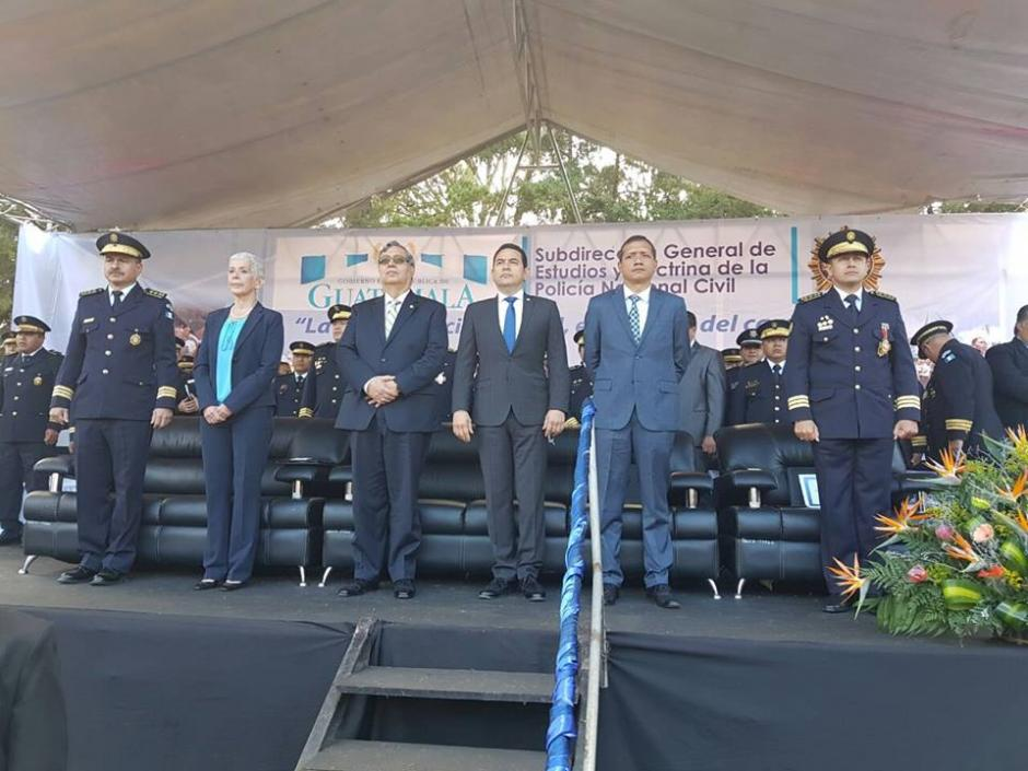 El mandatario Jimmy Morales pidió respetar a las autoridades. (Foto: PNC)