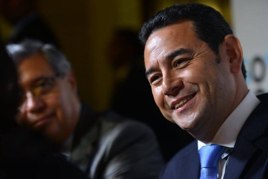 El Presidente Jimmy Morales publicó un mensaje en su cuenta de Facebook en relación al asesinato de pilotos. (Foto: Archivo/Soy502)