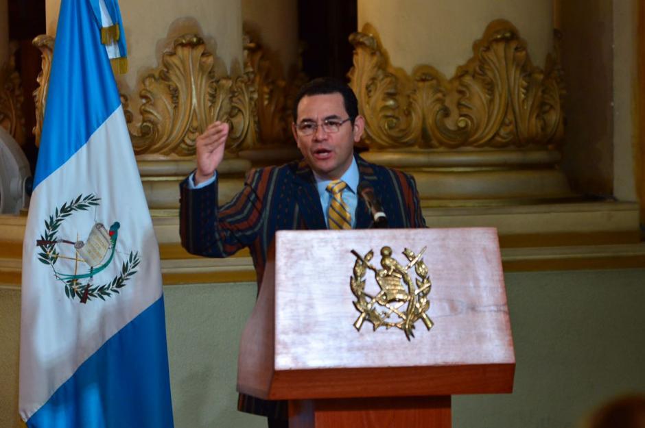 En sus visitas a la provincia, Morales suele vestir prendas de las regiones. (Foto: Jesús Alfonso/Soy502)