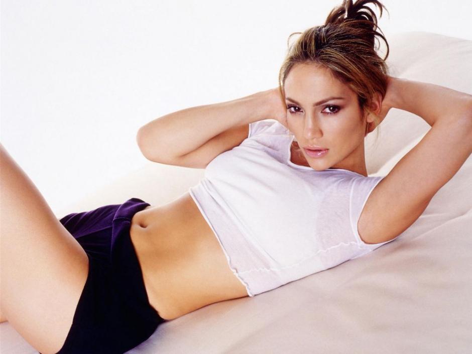 Jennifer López, quiere que muchas mujeres en el mundo eviten la obesidad y luzcan cuerpos esbeltos. (BeTheGirl)