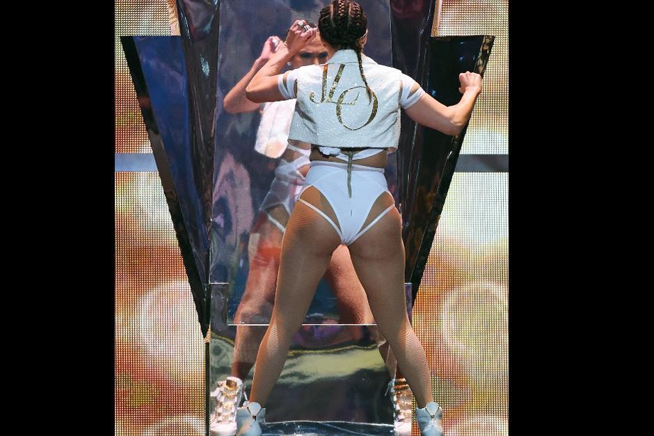 Tras su participación en el #iHeartRadio, Jennifer López se prepara para el estreno de su show permanente. (Foto: AFP)