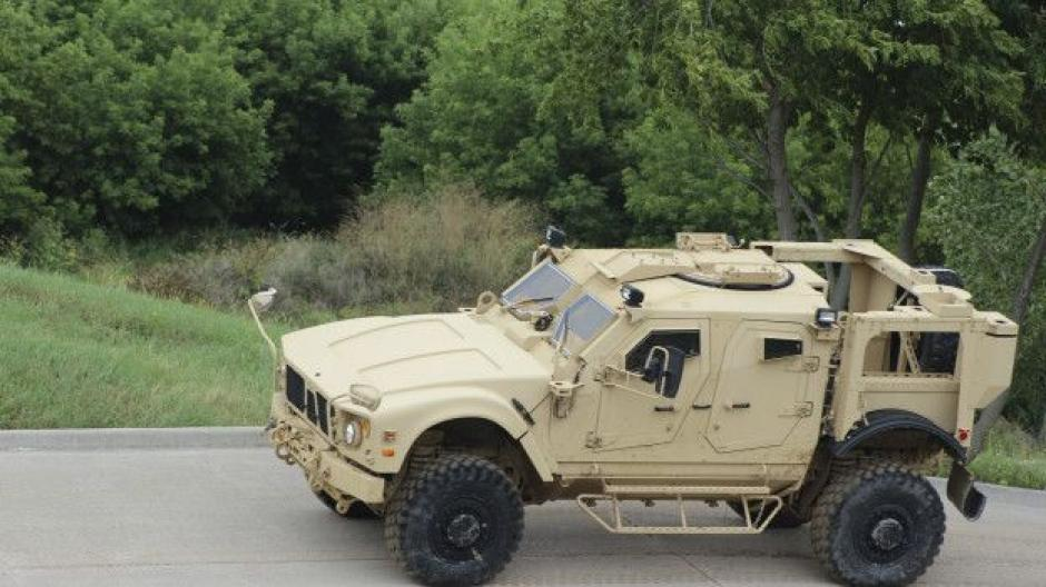 El JLTV busca proteger a las tropas de los explosivos. (Foto: BBC Mundo)