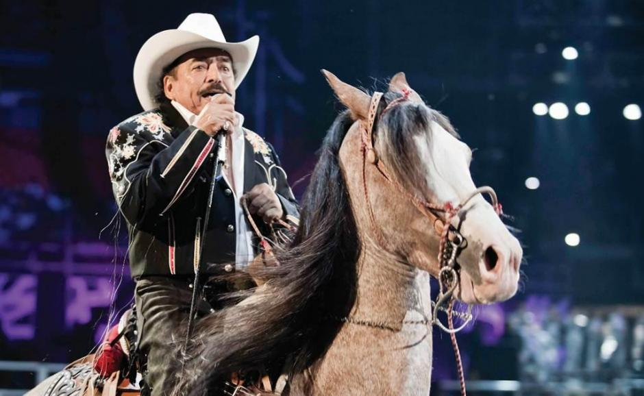 """Padrino"" el caballo consentido de Joan Sebastian."