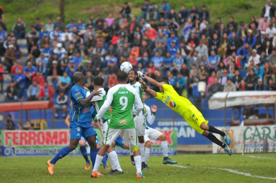 Antigua sumó un punto en Cobán, tras dos partidos sin ganar.  (Foto: Nuestro Diario)