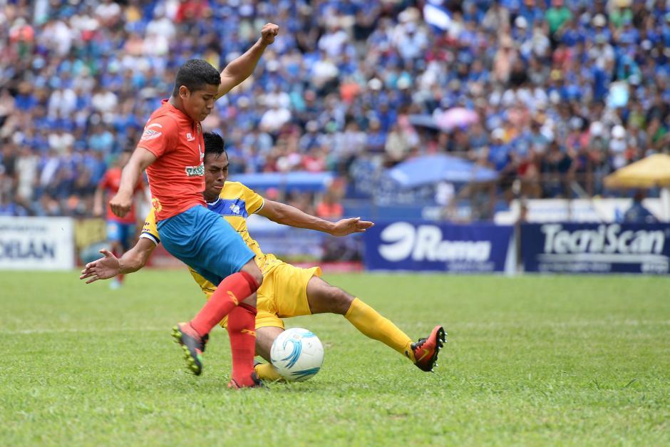 Pedro Altán intentó marcar diferencia sobre la hora pero no le alcanzó. (Foto: Sergio Muñoz/Nuestro Diario)