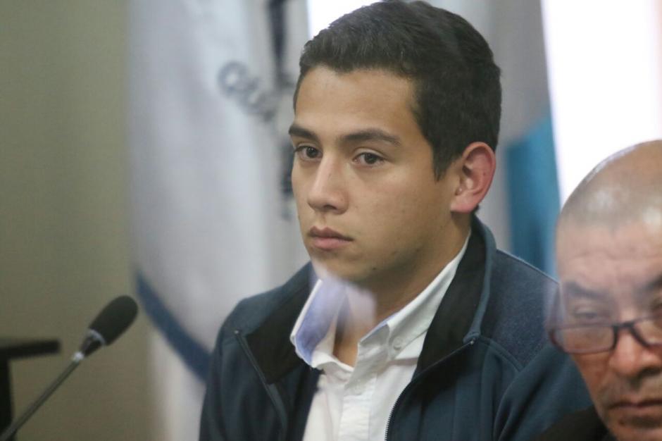 El hijo del mandatario fue detenido en Tribunales luego de llegar de forma voluntaria. (Foto: Alejandro Balan/Soy502)