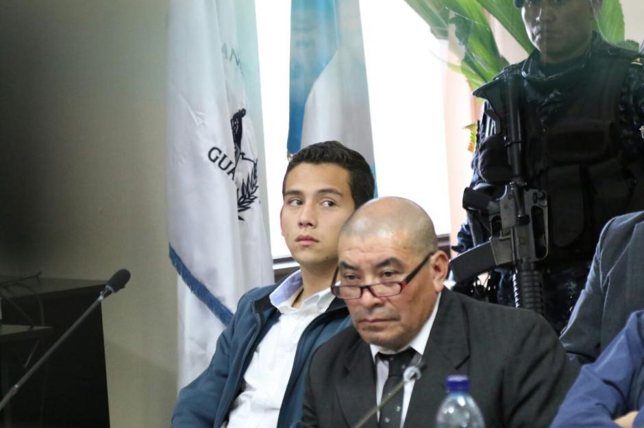 El hijo del presidente se mostró nervioso y cansado en la audiencia. (Foto: Alejandro Balán/Soy502)