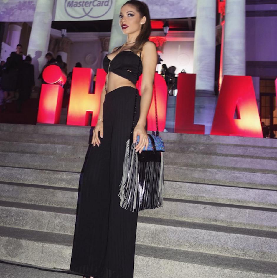 """Ochoa combinó su """"outfit"""" con una bolsa de María's Bag. (Foto: Josephine Ochoa)"""