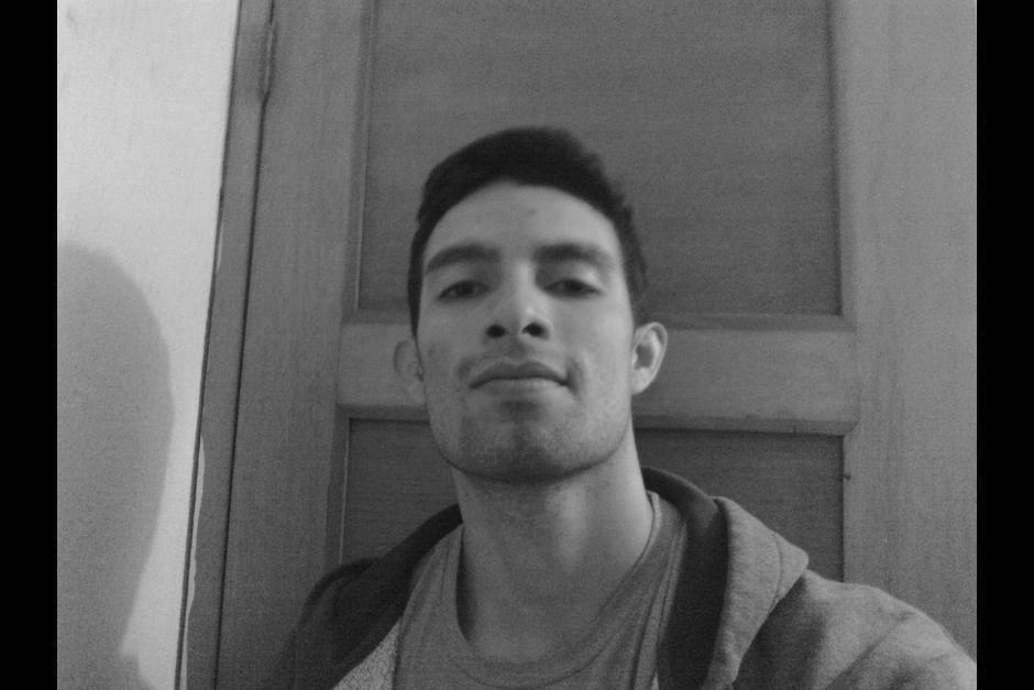 El cadáver del Héctor Ávalos desaparecido el viernes fue localizado en las aguas del Lago de Amatitlán. (Foto: Facebook/Elizabeth Ávalos)