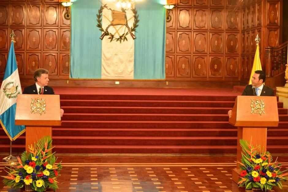 El salón de Banderas del Palacio Nacional de la Cultura se desarrolló la conferencia entre los mandatarios de Colombia y Guatemala. (Foto: Jesús Alfonso/Soy502)