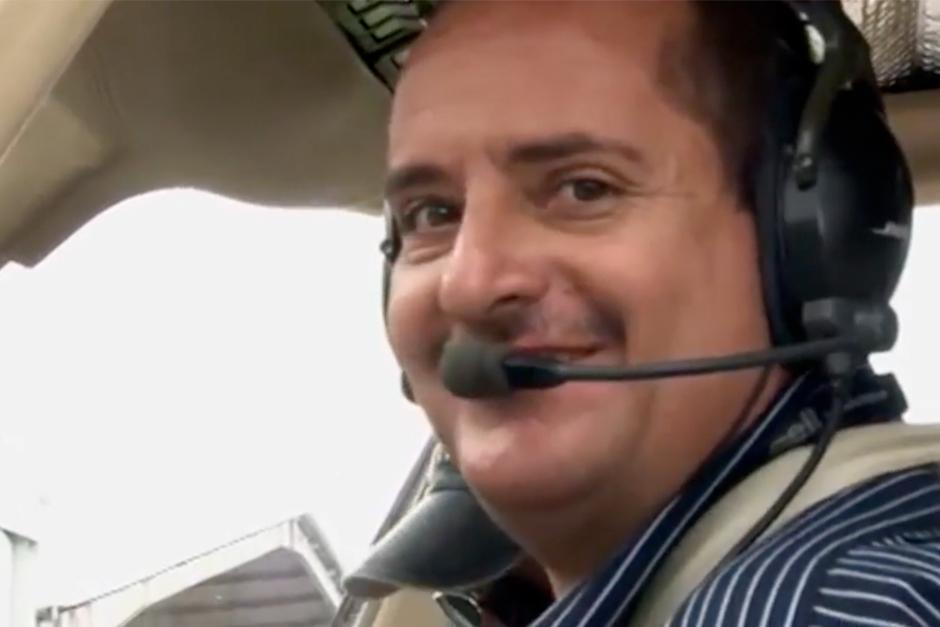 Juan Pablo tiene 31 años de ser piloto aviador. (Foto: Video)