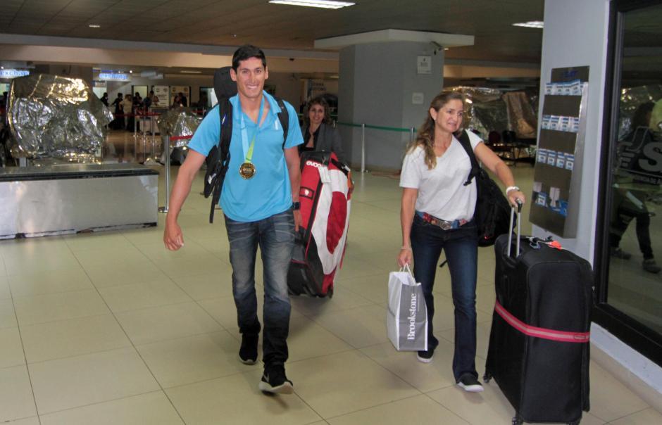 Juan Ignacio Maegli, a su regreso a Guatemala, tras competir en Toronto 2015. (Foto: Luis Barrios/Soy502)