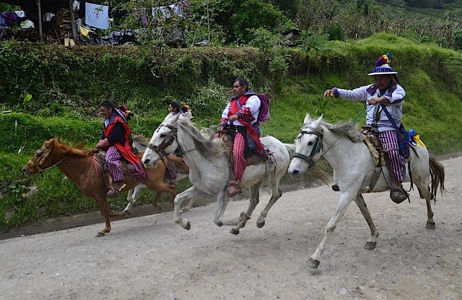 Cada 1 de noviembre, Todos Santos Cuchumatán se viste de fiesta. (Foto: Selene Mejía/Soy502)