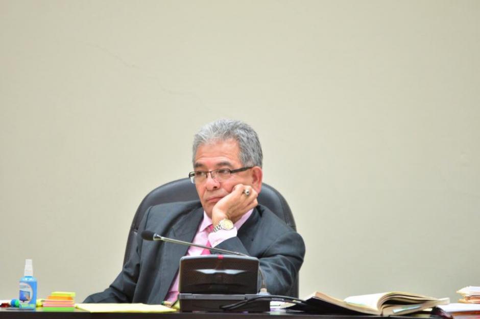 El juez Miguel Ángel Gálvez escuchó los argumentos de la acusada. (Foto: Jesús Alfonso/Soy502)