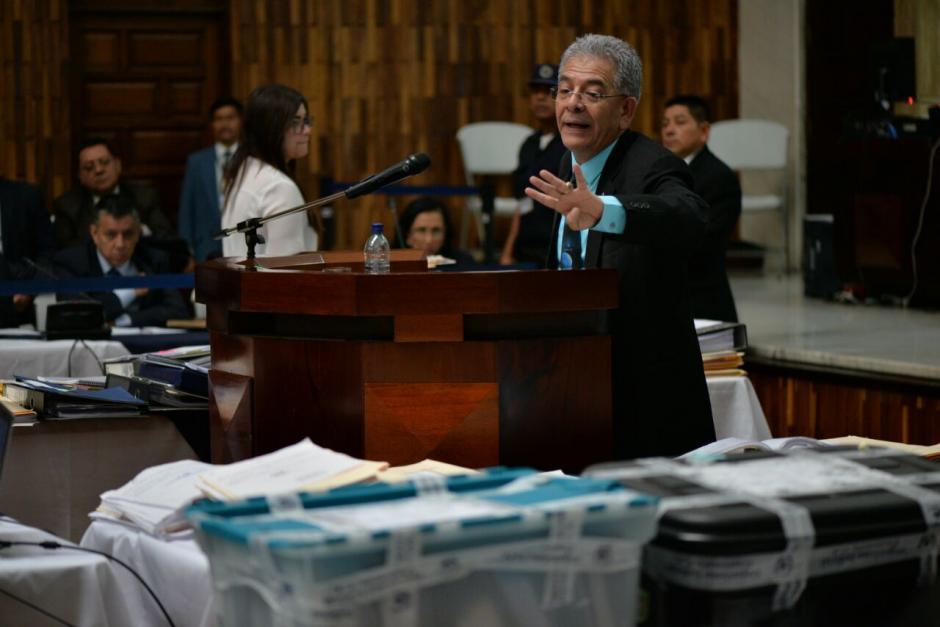 En la Sala de Vistas de la CSJ se observaron cajas con pruebas del caso. (Foto: Wilder López/Soy502)