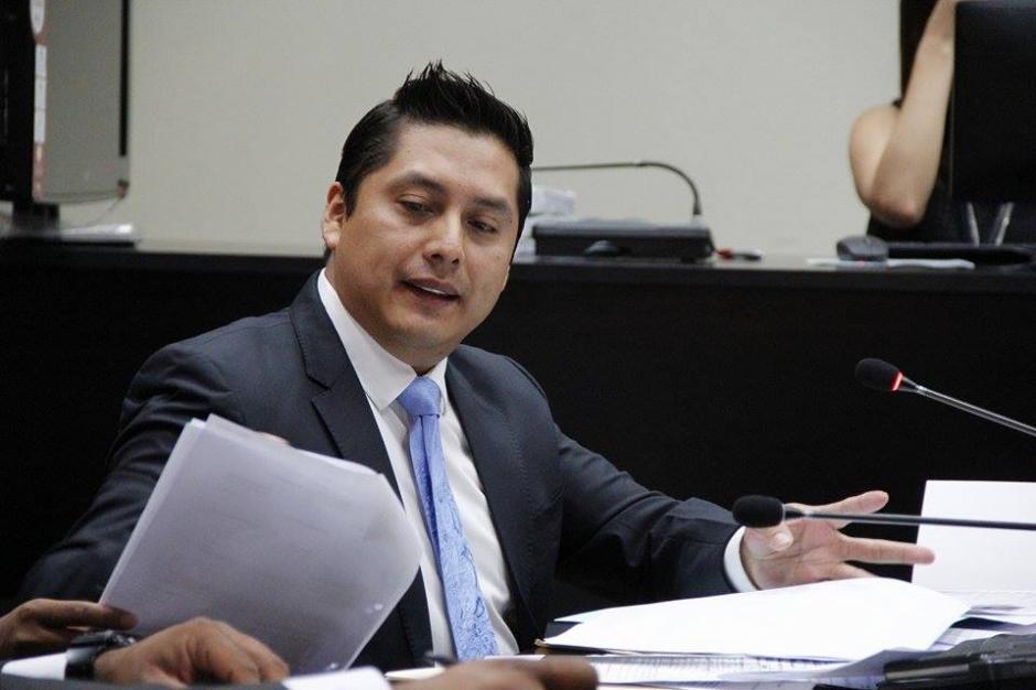 Mario Cano, abogado defensor de Roxana Baldetti, durante la audiencia. (Foto: Jorge Sente/Soy502)