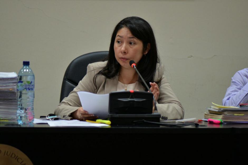 """La jueza Erika Aifán estrena juzgado de Mayor Riesgo """"D"""" con audiencia masiva. (Foto: Wilder López/Soy502)"""