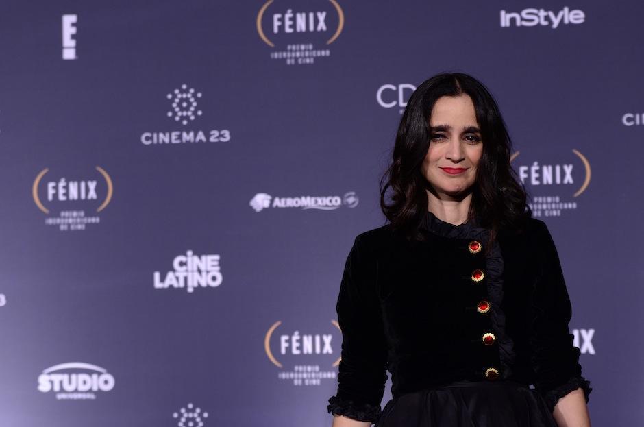 """Julieta Venegas celebró su cumpleaños en la sala de prensa en los Premios Fénix, ya que, algunos colegas le cantaron el """"happy B-day"""". (Foto: Selene Mejía/Soy502)"""
