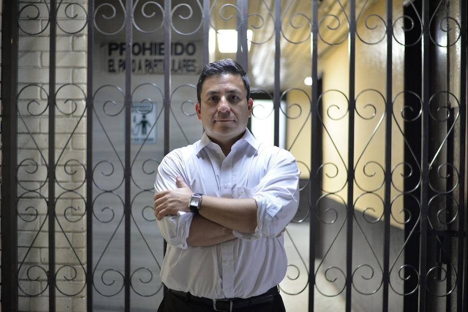Julio Prado además es un reconocido escritor. (Foto: Archivo/Soy502)
