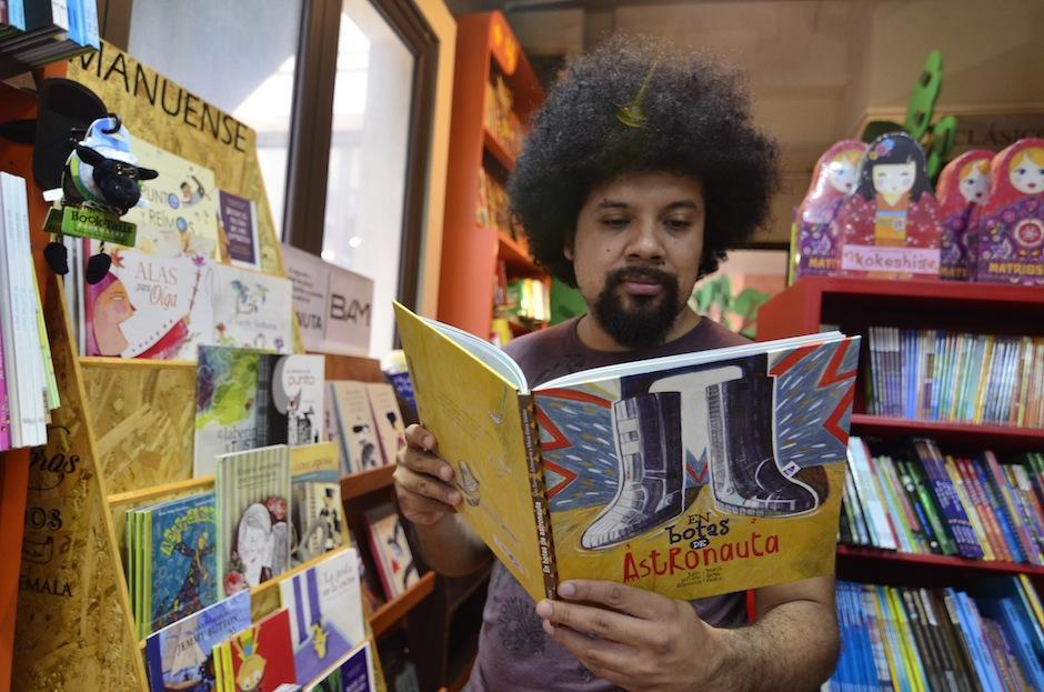 Esta es la historia de un pequeño escritor. (Foto: Selene Mejía/Soy502)
