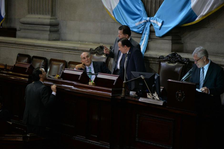 El diputado Paul Briere presentó una nueva propuesta del Código de Migración. (Foto: Wilder López/Soy502)