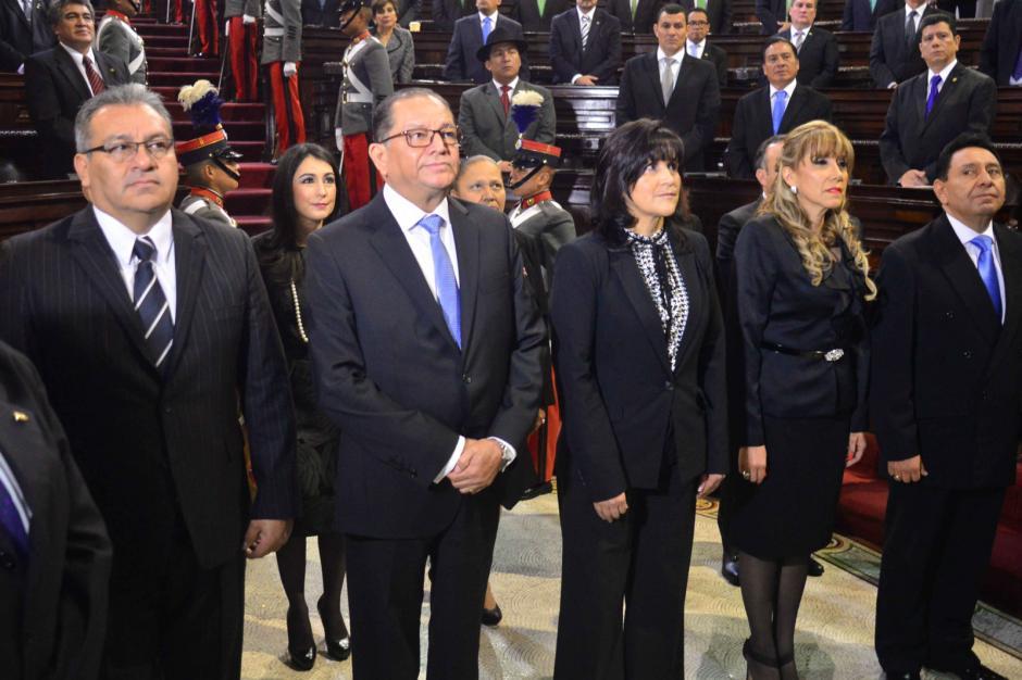 Ellos son los magistrados suplentes de la CC que fueron investidos. (Foto: Alejandro Balan/Soy502)