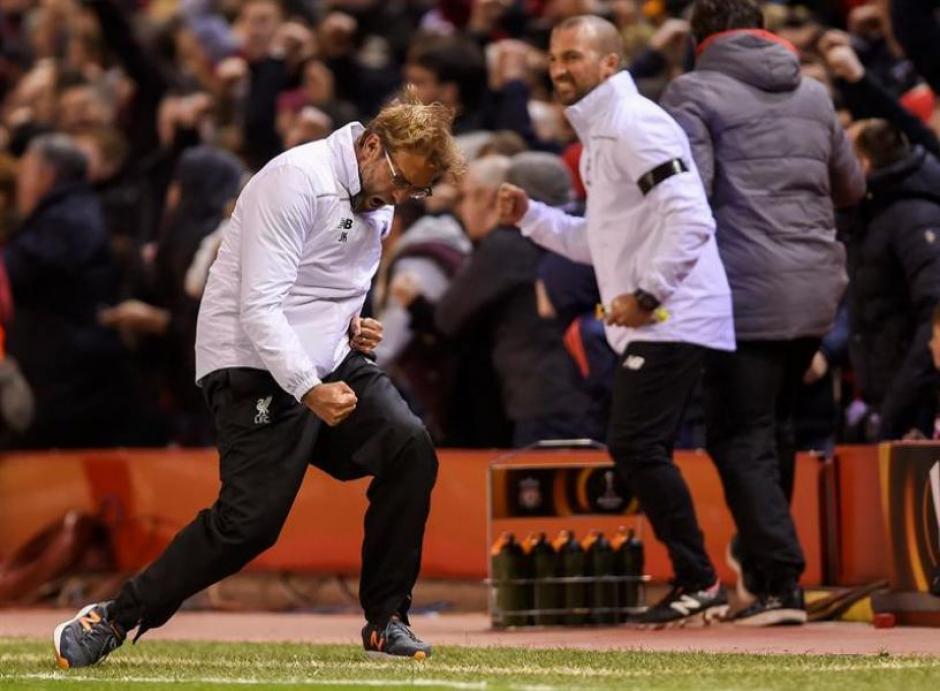Jürgen Klopp, técnico del Liverpool vivió con intensidad el partido. (Foto: diarioextra.com)