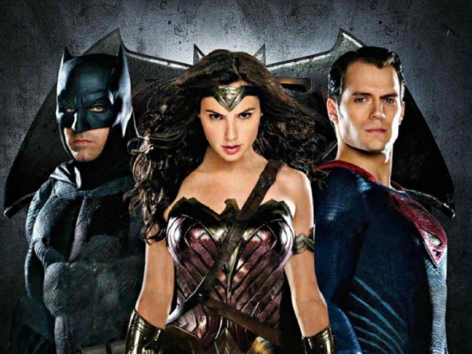 Batman, La Mujer Maravilla y Superman, lideran al equipo de superhéroes. (Foto: garuyo.com)