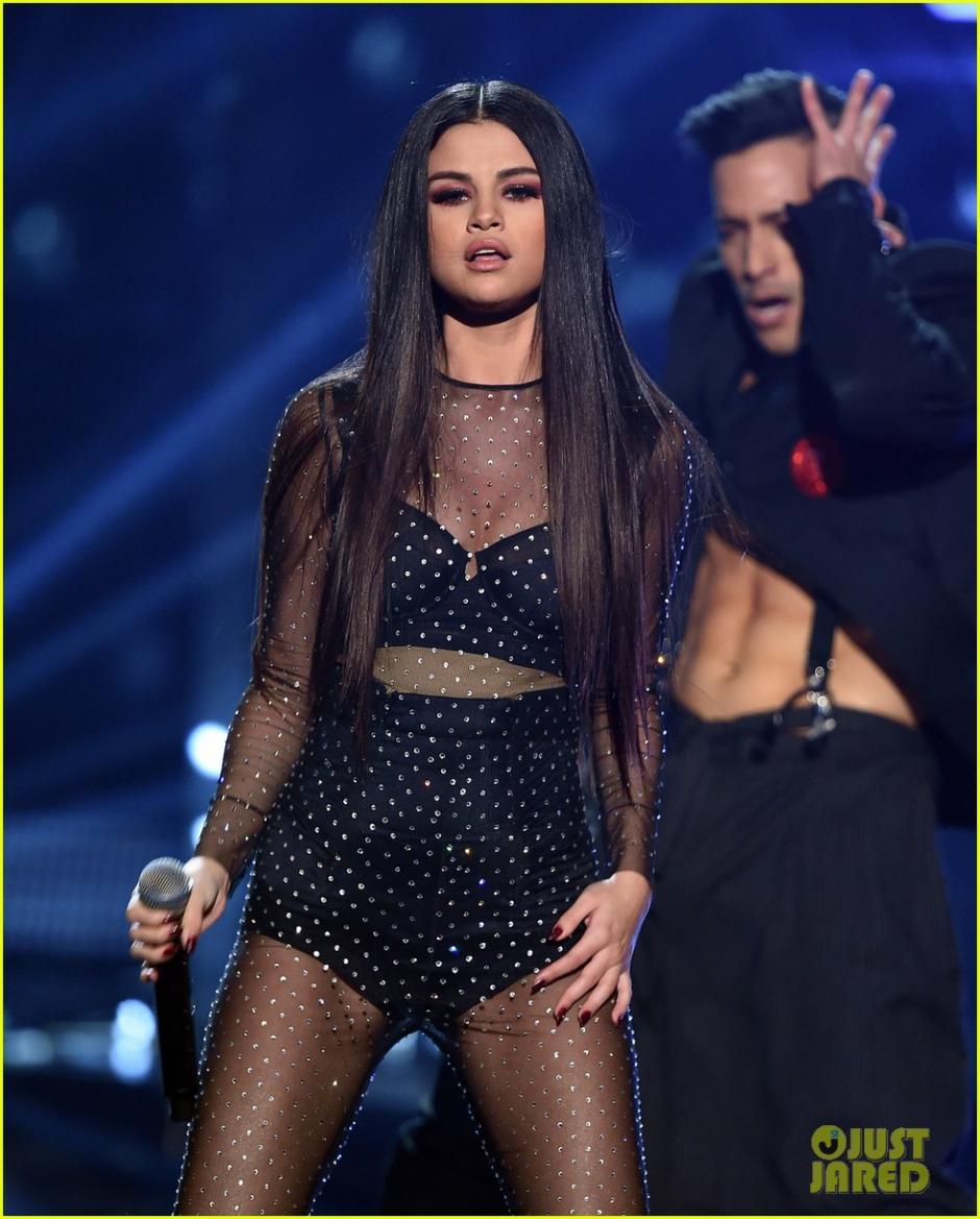 Selena Gomez se burló de Justin por un comentario que escribió en redes. (Foto: Just jared)