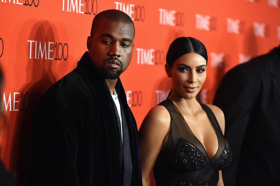 """Kanye West lanzó su sencillo """"facts"""" en la víspera de año nuevo. (Foto: Univisión)"""