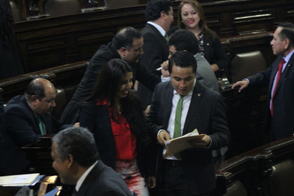 Cada diputado recibió cerca de 10 mil 500 quetzales de viáticos. (Foto: Archivo/Soy502)