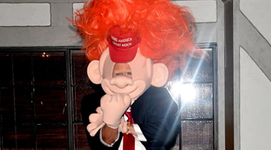 Esta es la representación de Donald Trump según Orlando Bloom. (Foto. Emol)