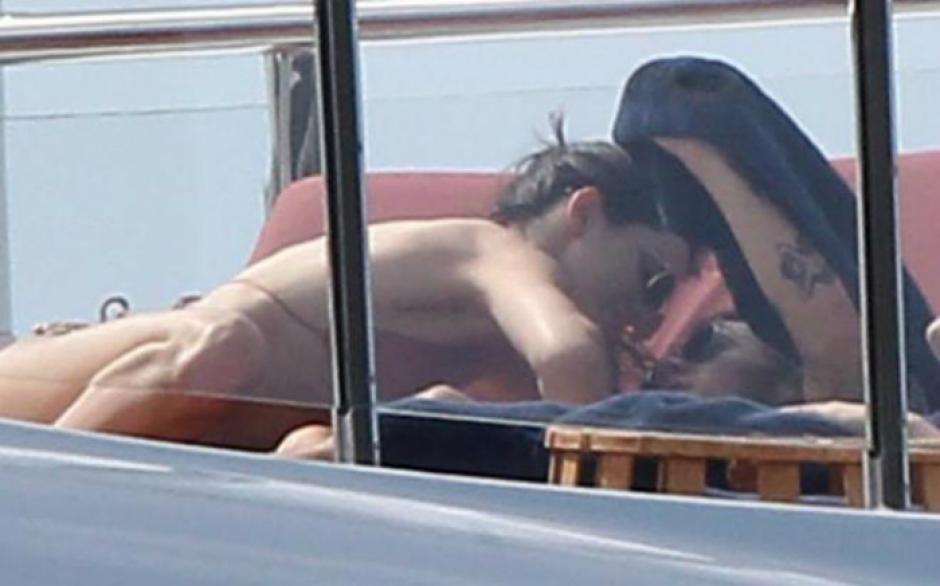 El cantante Harry Styles y la modelo Kendall Jenner. (Foto: DailyMail)