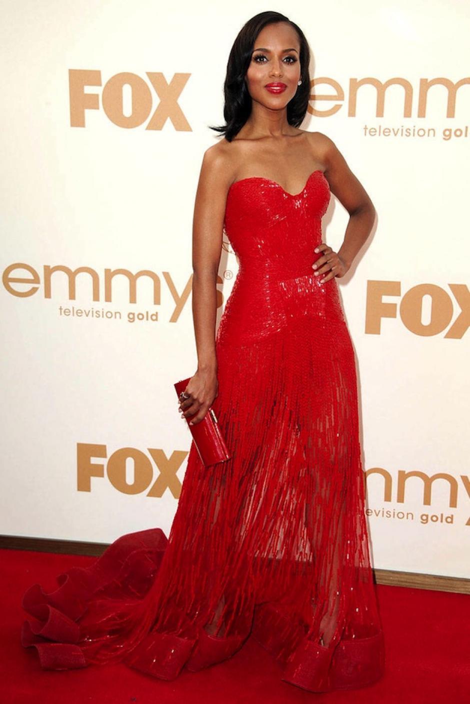 """Kerry Washington protagoniza la serie que también encabeza el top ten de mejores programas de televisión del 2013: """"Scandal"""". (Foto: Elle)"""