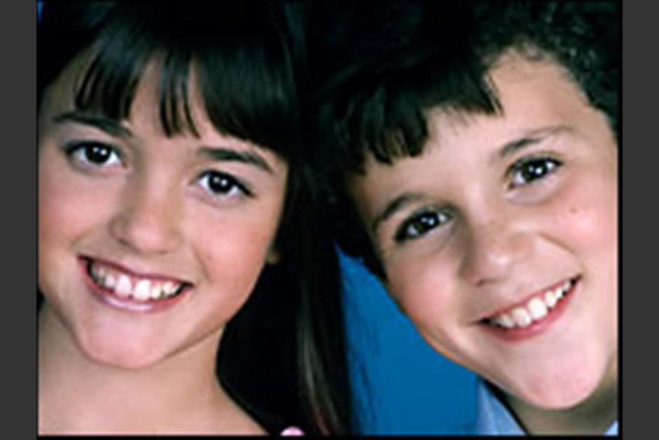 Danica McKellar y Fred Savage, interpretando a Wendolin Cooper y Kevin Arnold