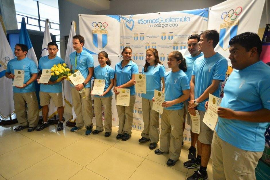 La delegación de bádminton de Guatemala retornó junto a Cordón. (Foto: Wilder López/Soy502)