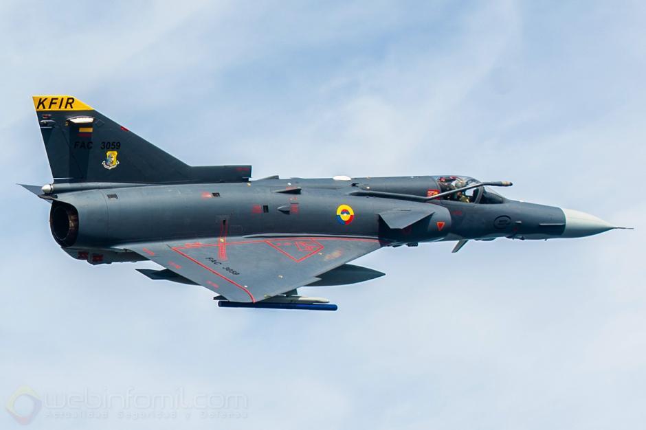 Los aviones Kfir son usados para que el ejército colombiano combata. (Foto: webinfomil.com)