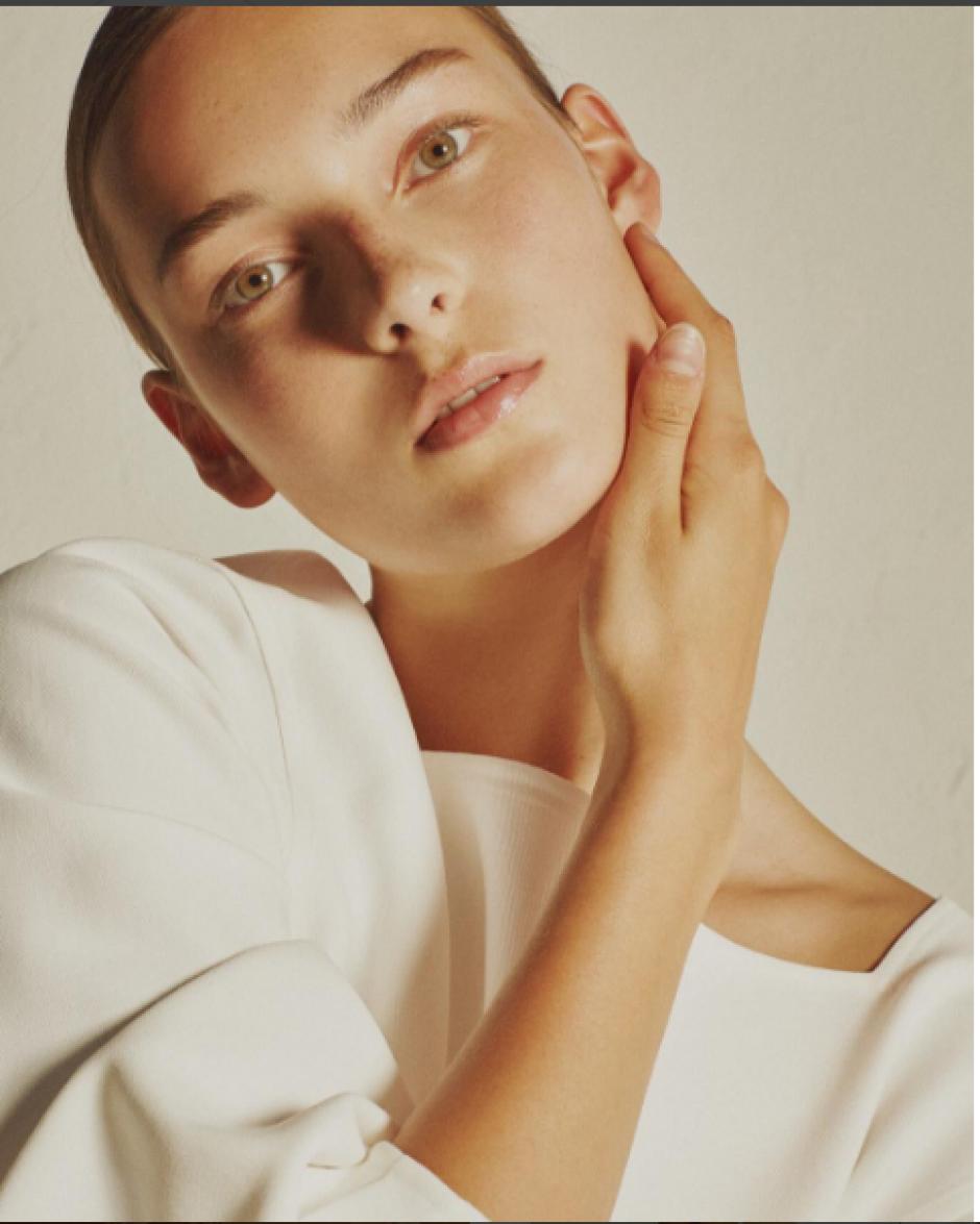 La colección apunta a incorporar contrastes entre la fuerza de lo masculino y la suavidad de lo femenino. (Foto: Instagram/khaite_ny)
