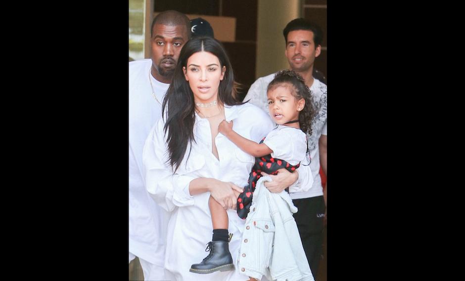 Kim afirma que a su hija le está costando ser la hija mayor. (Foto: fameflynet.uk)