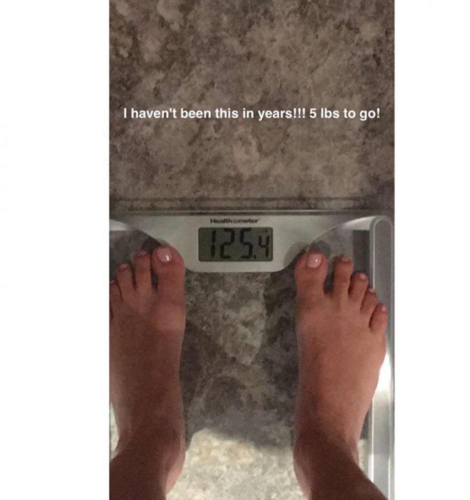Esta es la foto donde muestra que pesa 125 libras y desea llegar a 120. (Foto: Instagram)
