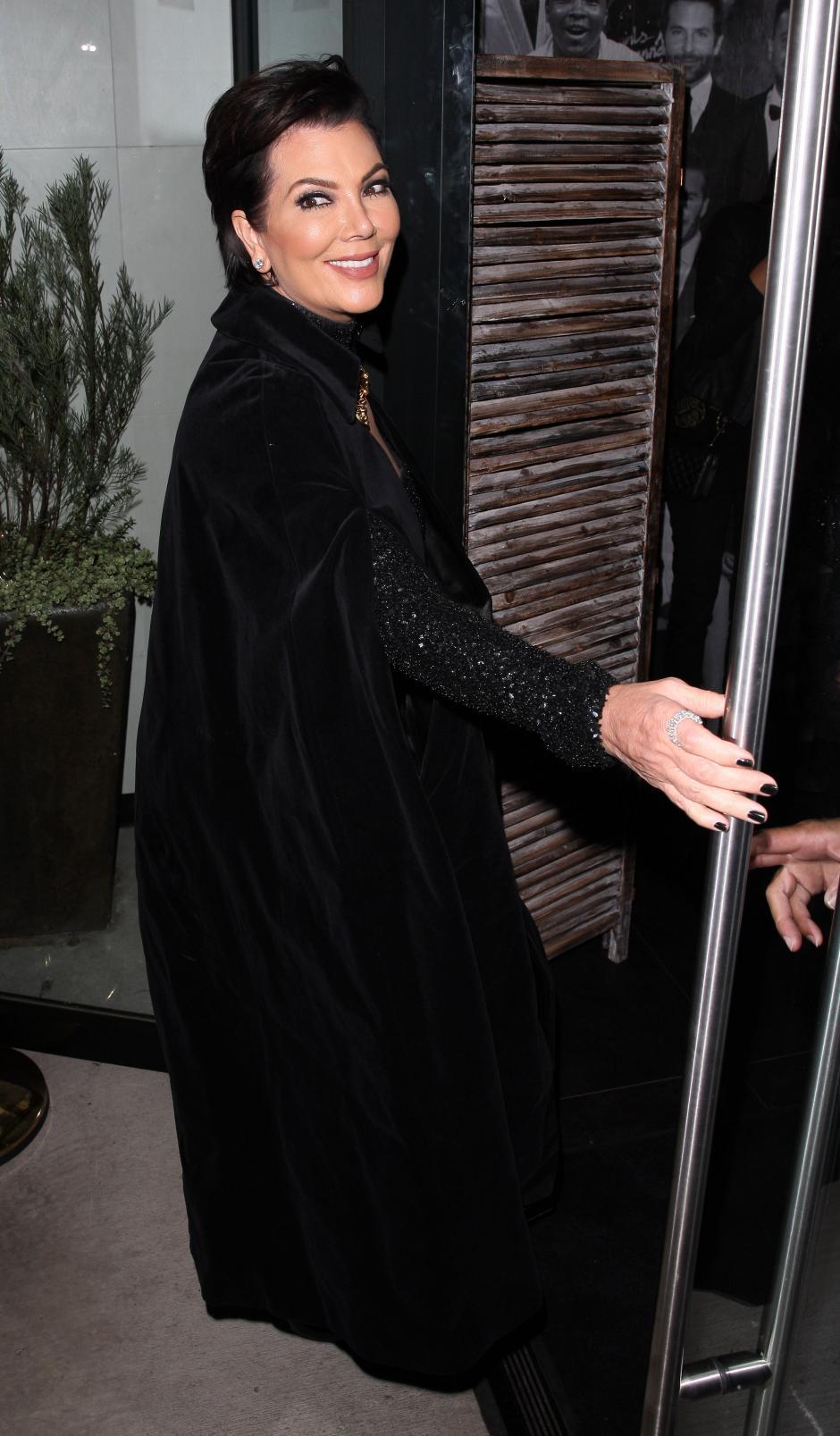 La madre del clan Kardashina Jenner llegó a la celebración de su hija. (Foto: people)