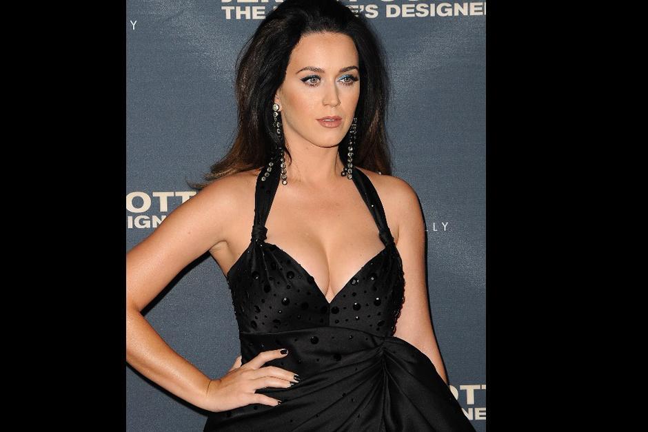Katy Perry fue parte del avant premiere de Jeremy Scott: The Peoples Designer, documental sobre la vida y obra del famoso diseñador. (Foto: AFP)