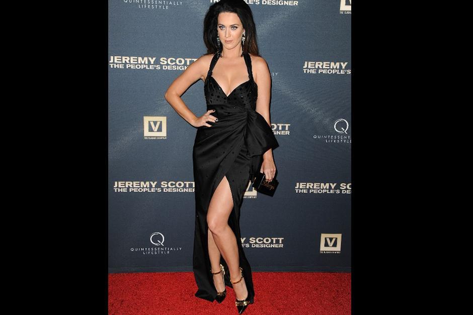 Katy Perry es muy amiga de Jeremy Scott, diseñador que la ha vestido en varias ocasiones. (Foto: AFP)