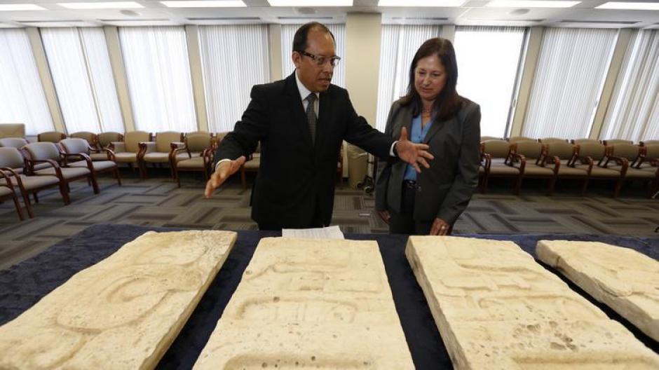 La colección de piezas mayas serán enviadas a nuestro país en los próximos días. (Foto: LA Times)