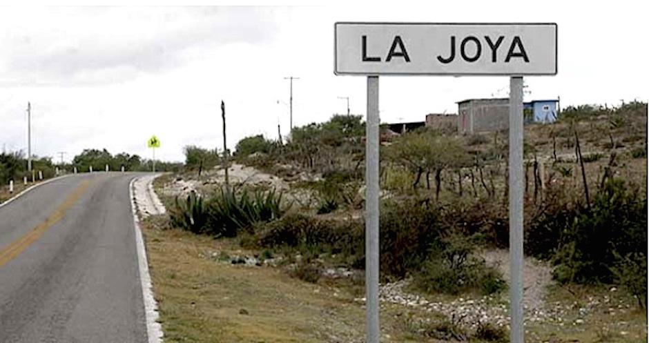 Un pequeño rótulo da la bienvenida a la comunidad La Joya. (Foto: Diario de Morelos)