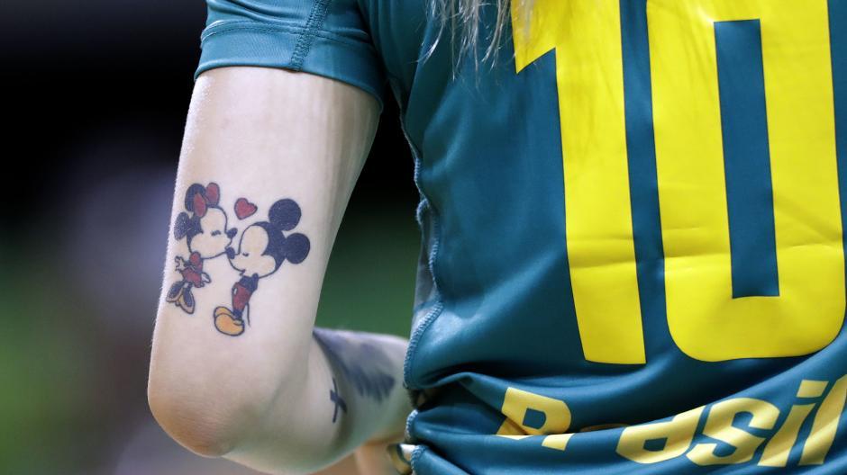 No todo tiene que ser sobre aros olímpicos y así lo demuestra la brasileña Jessica Quintino. (Foto: AFP)